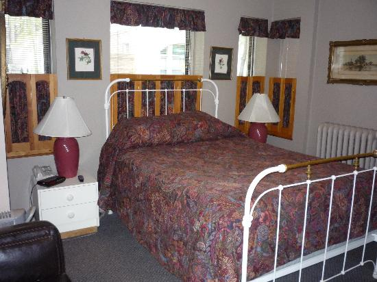 Oasis Guest House Bed and Breakfast