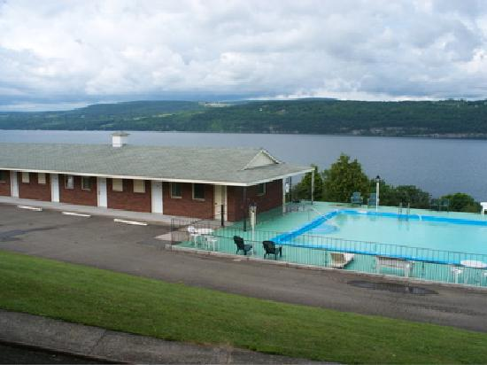 Glen Motor Inn : Beautiful Lake View from Every Room!