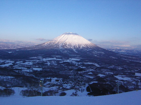 ‪Niseko Mountain Resort  Gran Hirafu Ski Place‬