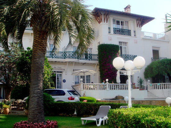 Juan-les-Pins, Frankreich: The front of the hotel
