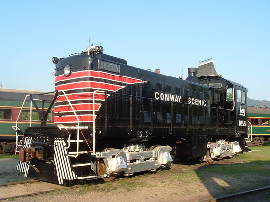 North Conway, NH: Beautifully restored Alco S4 #1055