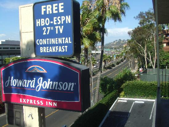 Howard Johnson Express Inn - San Diego: View from 3rd floor
