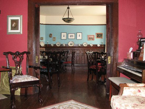 The Windover Inn Bed & Breakfast: Dining room at the Windover Inn