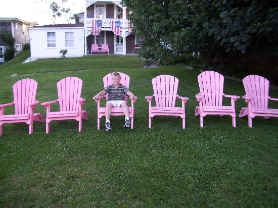 The Gothic Inn: Connor in the pink chairs