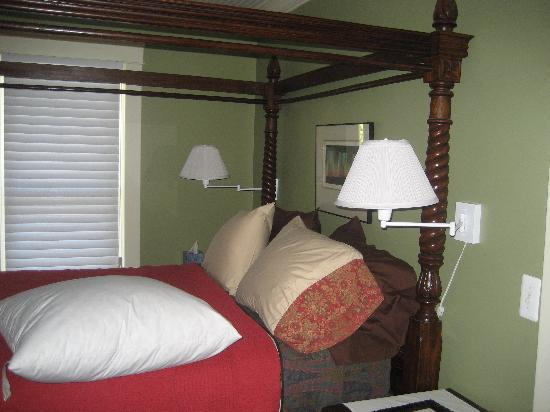 The Burnt Toast Inn: One of the guest rooms