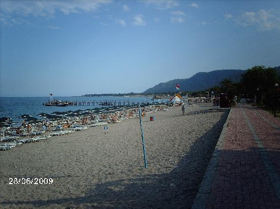 Beldibi, Turkije: The beach of the hotel