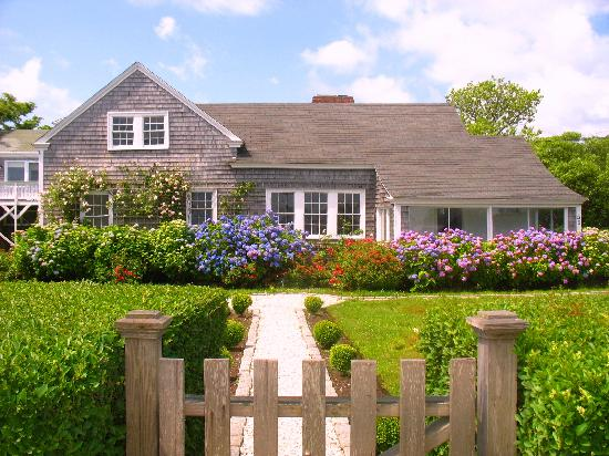 Photos of Centerboard Guest House, Nantucket