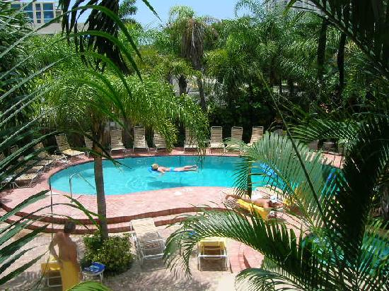 Tropical pool deck picture of the worthington guest for Florida pool and deck