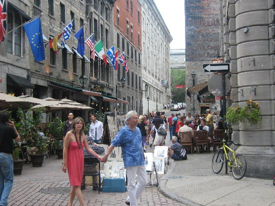 Foto de Old Montreal, Montreal: In Place Jacques-Cartier - TripAdvisor