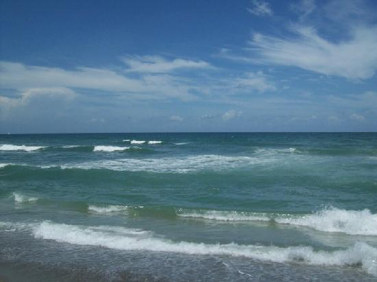 Stuart, Floride : beautiful ocean waves