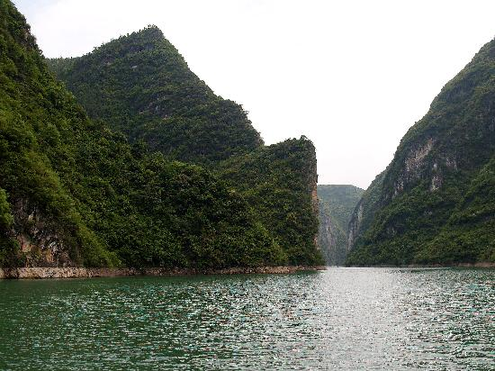 Three Gorges Looking back at Xi River