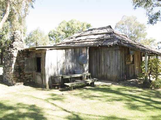 The Grove Homestead Inverell Pioneer Village