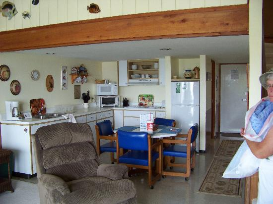 Cedar Key, FL: Room 327, living area