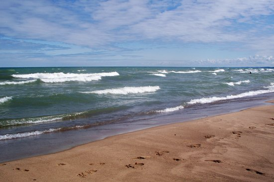Michigan: Waves on Douglas Beach