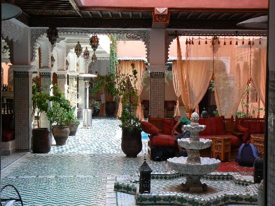 Riad Amssaffah: Inner courtyard, beautiful