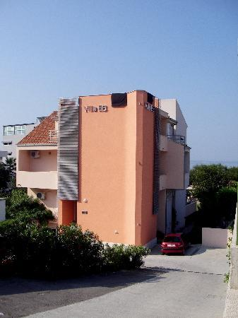 Villa Hotel BB (Apartments Bozikovic)