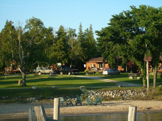 Photo of Lindberg Cottages / Hessel Bay Resorts