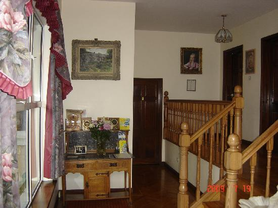 Oaklawn House: entry way