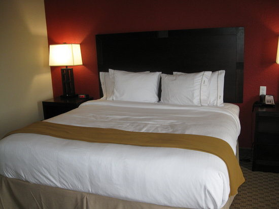 Holiday Inn Express Hotel &amp; Suites Crestview