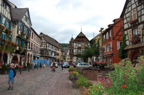 Little venice colmar picture of hotel le colombier for Hotels kaysersberg