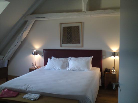 chambre n 6 picture of hotel du vieux moulin chablis tripadvisor. Black Bedroom Furniture Sets. Home Design Ideas