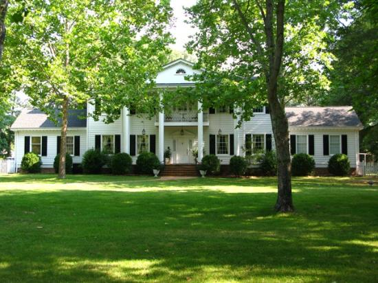 Photo of The Virginia Cliffe Inn Glen Allen