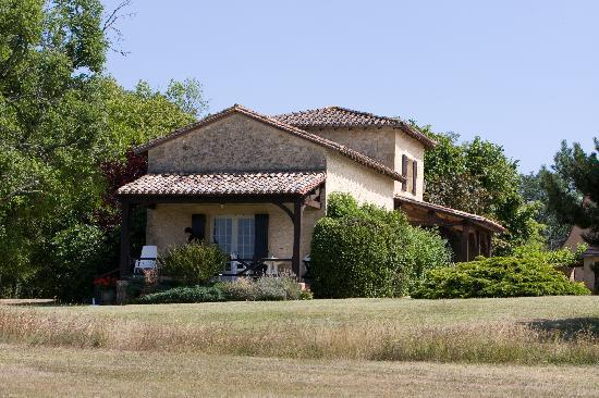 Bourniquel, France: Another view of the cottage