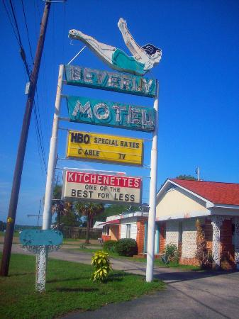 Photo of Beverly Motel Mobile
