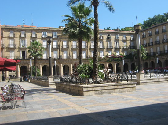Bilbao, Espaa: plaza nueva