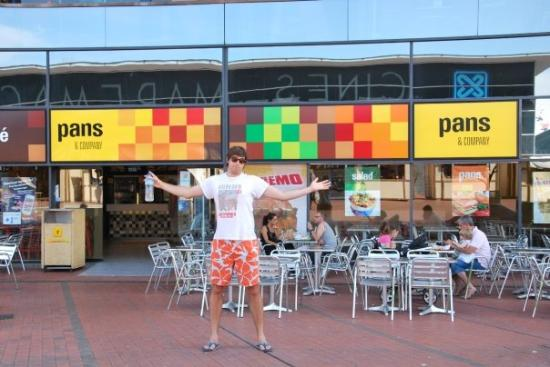 Pans i company marcos papa macht fast food - Marcos catalan ...
