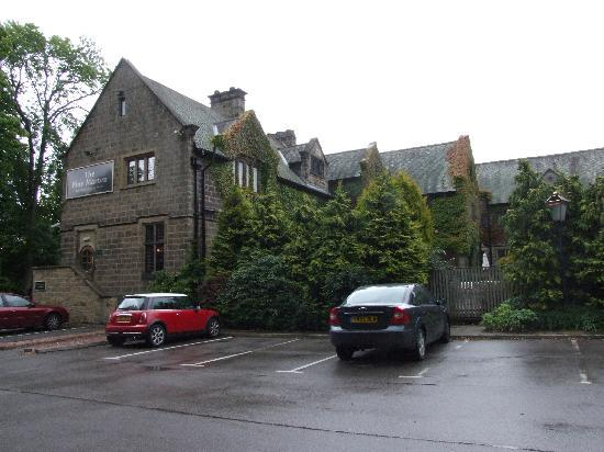 The Pine Marten (Innkeeper&#39;s Lodge): seen from the car park