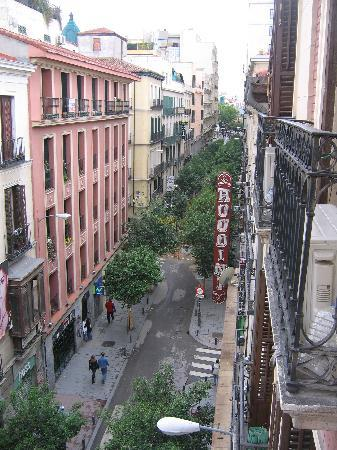 Hostal Las Murallas: view towards Gran Via