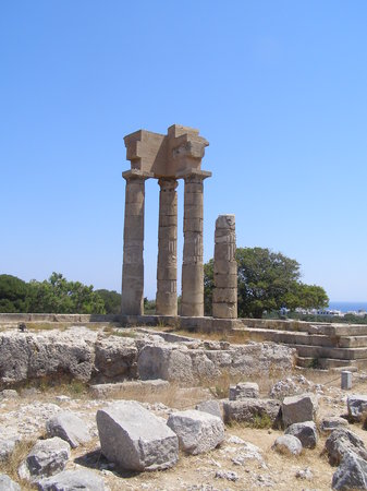 Rhodes Town, Greece: Some of the ruins...spectacular