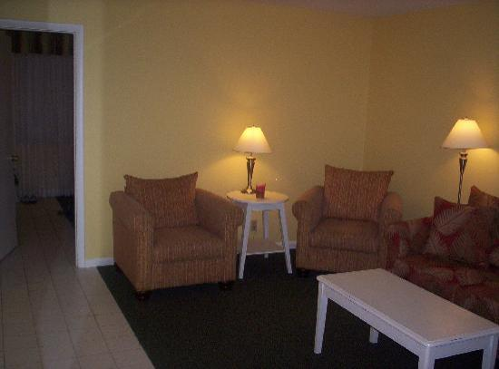 South Palm Suites: A Living Room to Kick Back and Relax In