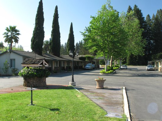 Photo of L & M Motel Healdsburg