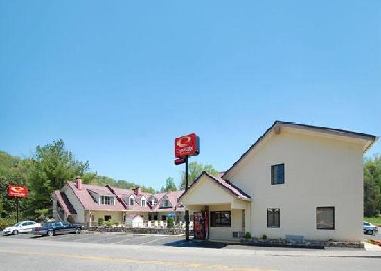 Econo Lodge Inn & Suites: Econo Lodge