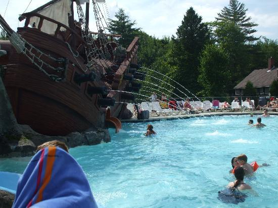Warren, NH: The great pool