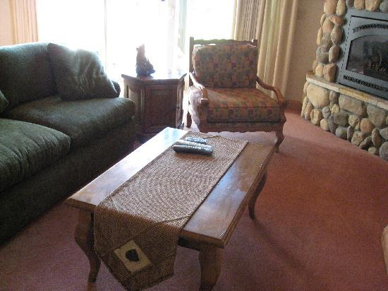 The Cottages At Bailey Creek: Living Room