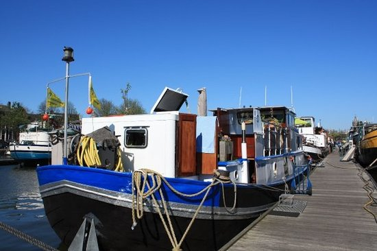 Hostelboat Anna Maria II
