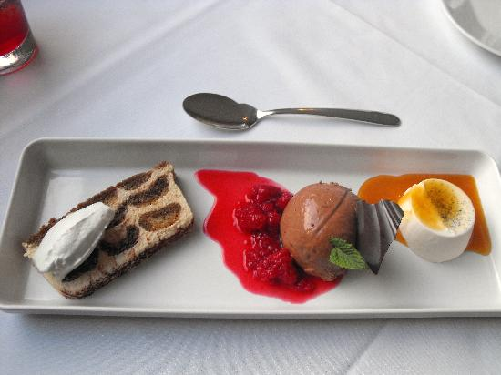 Cape Cod Bed & Breakfast: Pudding on our anniversary