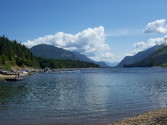 Strathcona Park Lodge & Outdoor Education Centre: The swimming area