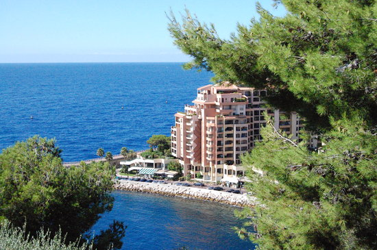 -, : Monaco