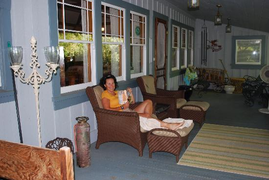 The Cooper House Bed & Breakfast Inn: Comfy covered porch with view (to the right of photo)!
