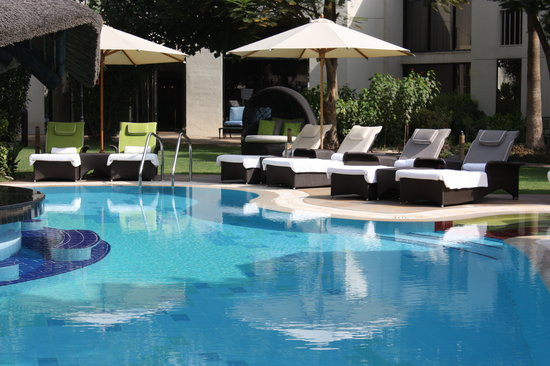 Le Meridien Dubai: POOL AREA