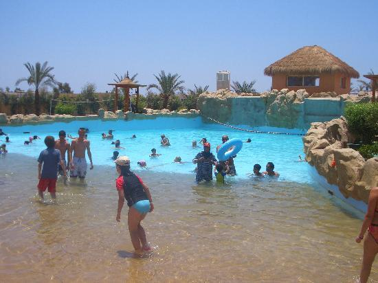 Personal Wave Pool http://www.red-grey.co.uk/general/aqua-blu-hotel-sharm.html