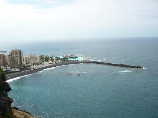 Sea water swimming pools at Puerto de la Cruz - Picture of Costa Martianez, P...