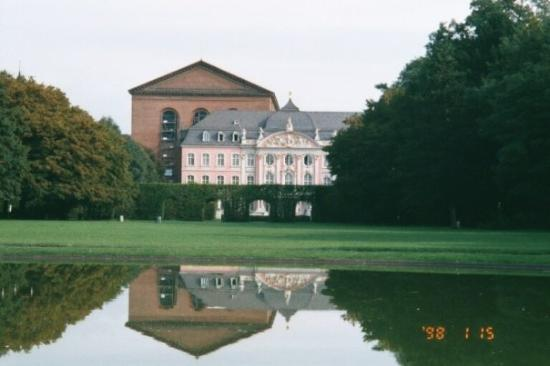 Roman basilica in trier germany picture of for Designhotel trier