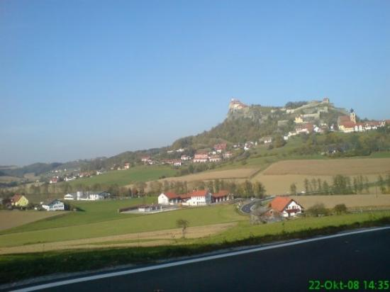 Feldbach, Avusturya: On the way to the chocolate factory Zotter the castle of Riegersburg.