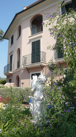 Photo of Hotel Punta Est Finale Ligure