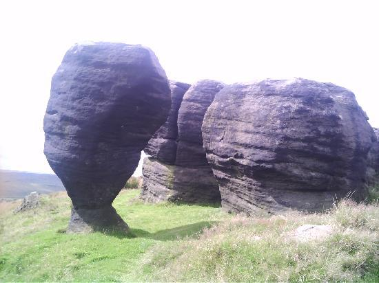 http://media-cdn.tripadvisor.com/media/photo-s/01/3b/3f/7f/the-bridestones-above.jpg